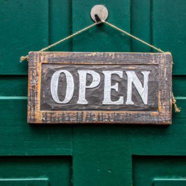 Pancarte d'ouverture